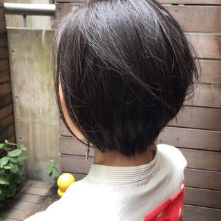 クール ショート ストリート ブルーアッシュ ヘアスタイルや髪型の写真・画像