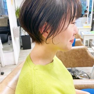 ショートヘア フェミニン ウルフカット ショート ヘアスタイルや髪型の写真・画像