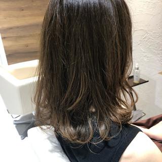ヌーディベージュ ベージュ ナチュラルベージュ ブラウンベージュ ヘアスタイルや髪型の写真・画像