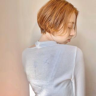 ミニボブ ナチュラル インナーカラー ショート ヘアスタイルや髪型の写真・画像