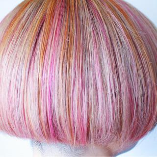フェミニン エフォートレス ピンク ボルドー ヘアスタイルや髪型の写真・画像