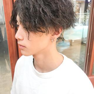 刈り上げ 黒髪 ツイスト ショート ヘアスタイルや髪型の写真・画像