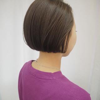 ナチュラル 透明感カラー イルミナカラー 切りっぱなしボブ ヘアスタイルや髪型の写真・画像