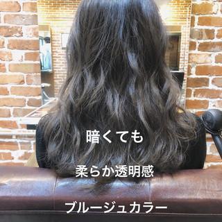 イルミナカラー ゆるふわパーマ ナチュラル パーマ ヘアスタイルや髪型の写真・画像