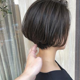 ショートボブ ナチュラル 横顔美人 ボブ ヘアスタイルや髪型の写真・画像