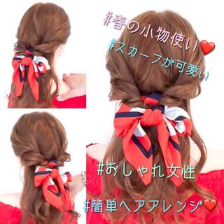 デート フェミニン ヘアアレンジ 簡単ヘアアレンジ ヘアスタイルや髪型の写真・画像 ヘアスタイルや髪型の写真・画像