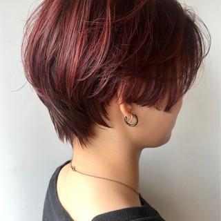レッドブラウン レッド レッドカラー ショート ヘアスタイルや髪型の写真・画像