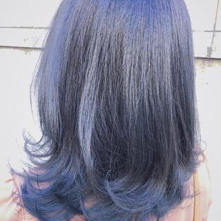 ブルーグラデーション セミロング ブルー ストリート ヘアスタイルや髪型の写真・画像