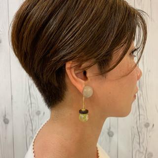 ベリーショート ショートヘア エレガント 刈り上げ ヘアスタイルや髪型の写真・画像