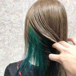 ミント ミディアム フェミニン インナーカラー ヘアスタイルや髪型の写真・画像