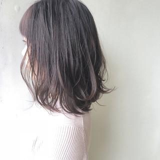 外ハネ 透明感 ミディアム 女子力 ヘアスタイルや髪型の写真・画像