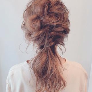 ふんわり 結婚式ヘアアレンジ  ナチュラル可愛い ヘアスタイルや髪型の写真・画像