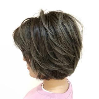 外国人風カラー ブリーチ ボブ バレイヤージュ ヘアスタイルや髪型の写真・画像