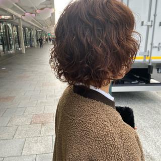 デジタルパーマ パーマ ナチュラル ミディアム ヘアスタイルや髪型の写真・画像