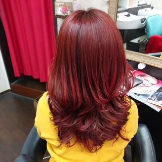 レッドカラー セミロング レッド エレガント ヘアスタイルや髪型の写真・画像