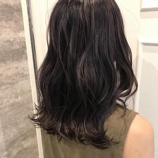 ミディアム デート ブリーチ ハイライト ヘアスタイルや髪型の写真・画像