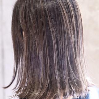 ガーリー バレイヤージュ ダブルカラー ハイライト ヘアスタイルや髪型の写真・画像