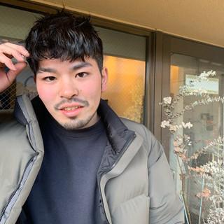 メンズカット メンズパーマ メンズスタイル ナチュラル ヘアスタイルや髪型の写真・画像