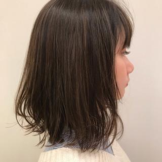 外ハネボブ シースルーバング 前下がりボブ ナチュラル ヘアスタイルや髪型の写真・画像 ヘアスタイルや髪型の写真・画像
