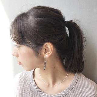 ミルクティーベージュ ネイビーアッシュ ヌーディーベージュ ナチュラル可愛い ヘアスタイルや髪型の写真・画像