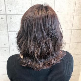 パープルカラー パープルアッシュ モード 外ハネボブ ヘアスタイルや髪型の写真・画像