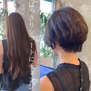 ナチュラル ハンサムショート 30代 ショート ヘアスタイルや髪型の写真・画像