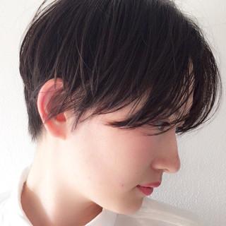 モード 抜け感 ウェットヘア 黒髪 ヘアスタイルや髪型の写真・画像