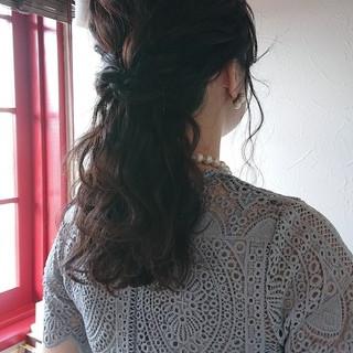 ヘアアレンジ セミロング フェミニン  ヘアスタイルや髪型の写真・画像