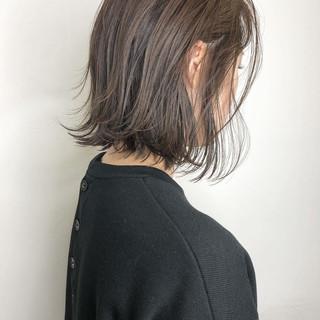 アッシュ グレージュ ボブ 大人可愛い ヘアスタイルや髪型の写真・画像