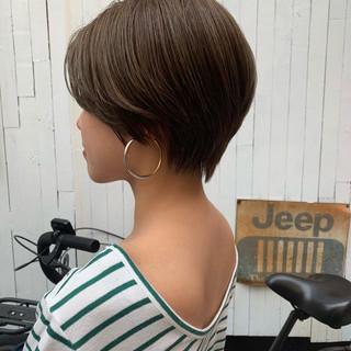 ハイトーン ショート ベージュ 透明感カラー ヘアスタイルや髪型の写真・画像