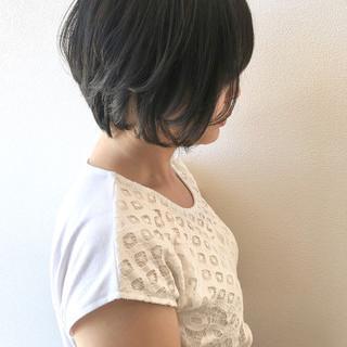ナチュラル ショート 黒髪ショート ショートボブ ヘアスタイルや髪型の写真・画像