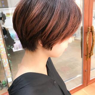 ショートヘア オフィス ショート 大人かわいい ヘアスタイルや髪型の写真・画像