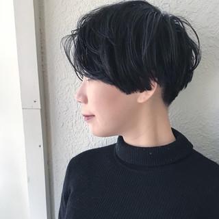 かき上げ前髪 かきあげバング 黒髪 ショート ヘアスタイルや髪型の写真・画像