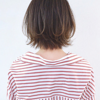 外ハネボブ ストリート バレイヤージュ レイヤーボブ ヘアスタイルや髪型の写真・画像
