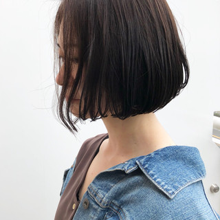 ベージュ デート ミディアム ナチュラル ヘアスタイルや髪型の写真・画像