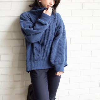 オフィス ミディアム 女子力 フェミニン ヘアスタイルや髪型の写真・画像