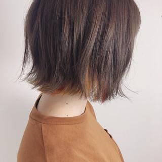 フェミニン ボブ アプリコットオレンジ 切りっぱなし ヘアスタイルや髪型の写真・画像