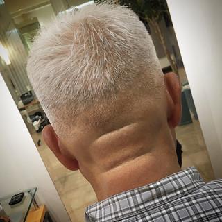 フェードカット ナチュラル 刈り上げショート スキンフェード ヘアスタイルや髪型の写真・画像