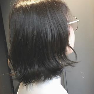インナーカラーシルバー ボブ ナチュラル oggiotto ヘアスタイルや髪型の写真・画像