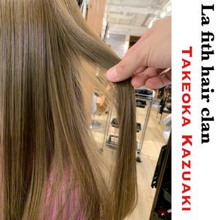 透明感 アッシュ アディクシーカラー ダメージレス ヘアスタイルや髪型の写真・画像