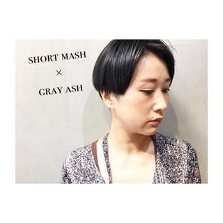 ダブルカラー ショート ショートボブ ナチュラル ヘアスタイルや髪型の写真・画像