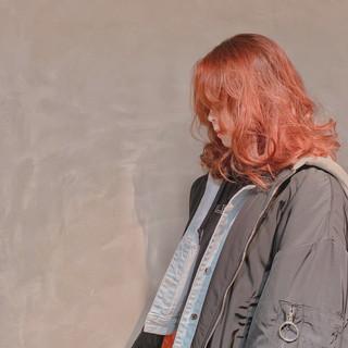ストリート セミロング オレンジ ヘアスタイルや髪型の写真・画像