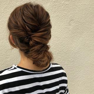 ヘアアレンジ くるりんぱ ミディアム ショート ヘアスタイルや髪型の写真・画像 ヘアスタイルや髪型の写真・画像