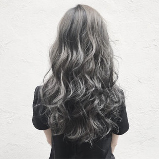 ロング ブルージュ 外国人風カラー モード ヘアスタイルや髪型の写真・画像