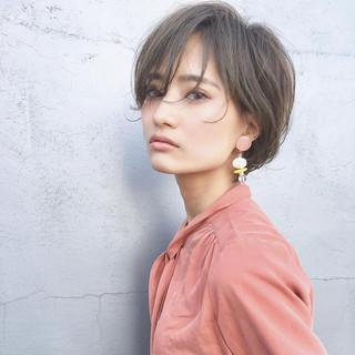 デート アンニュイほつれヘア ショート ヘアアレンジ ヘアスタイルや髪型の写真・画像 ヘアスタイルや髪型の写真・画像