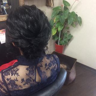ナチュラル ヘアアレンジ ミディアム 結婚式 ヘアスタイルや髪型の写真・画像 ヘアスタイルや髪型の写真・画像