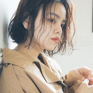 ヘアアレンジ エフォートレス 夏 オフィス ヘアスタイルや髪型の写真・画像