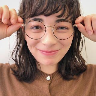 黒髪 ミディアム パーマ ガーリー ヘアスタイルや髪型の写真・画像