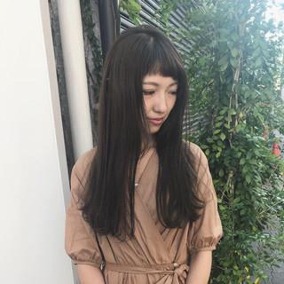 アウトドア セミロング 女子力 ナチュラル ヘアスタイルや髪型の写真・画像