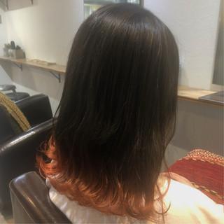 ナチュラル アプリコットオレンジ ラインカラー 裾カラー ヘアスタイルや髪型の写真・画像